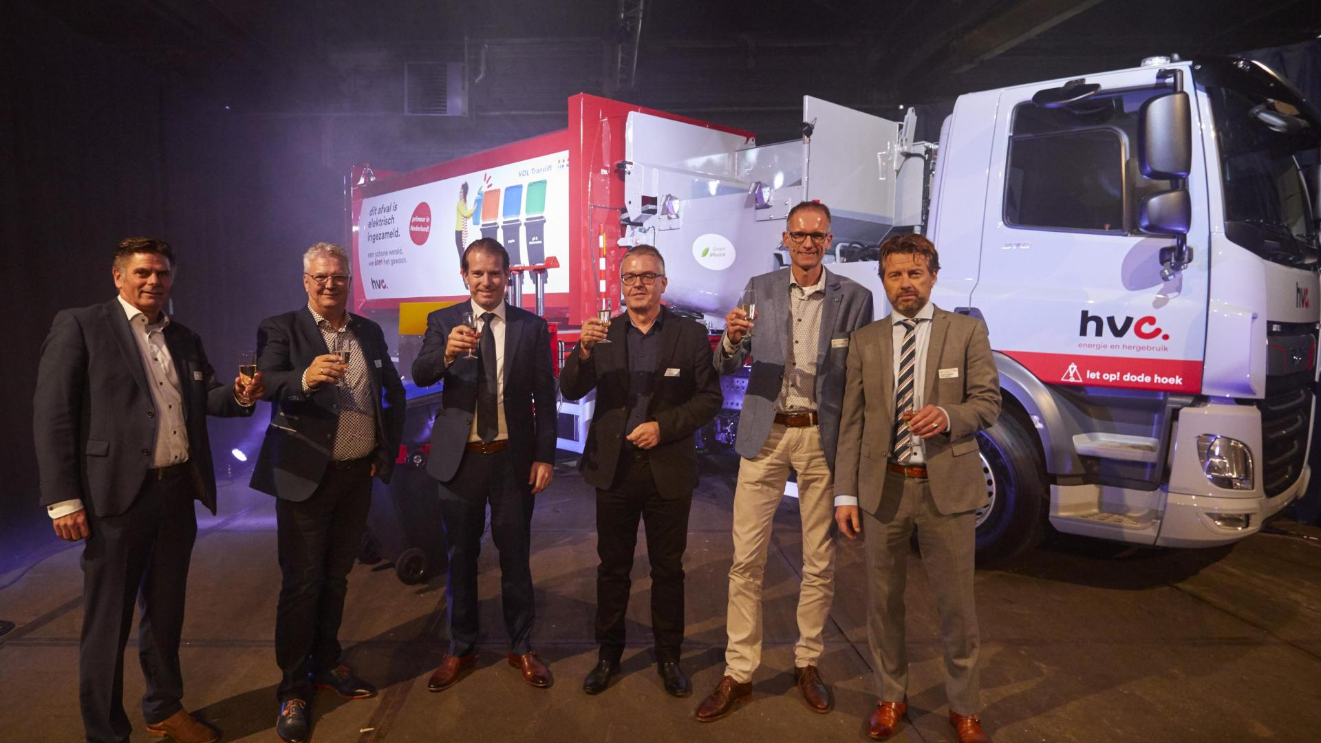 VDL presents first electric vehicles for waste collection
